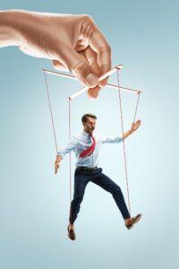 Jak niedać sobą manipulować?